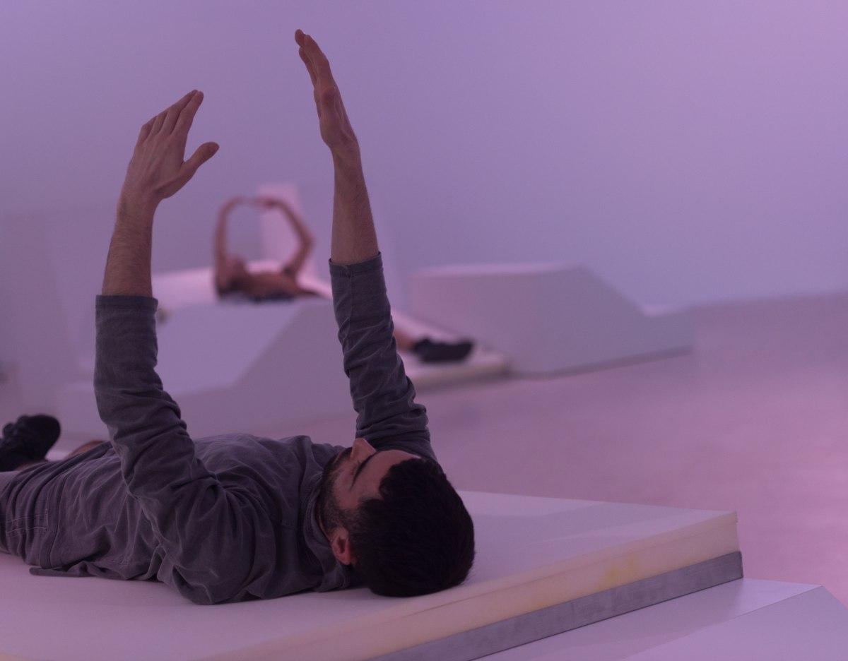 Sull'appagamento dei sensi: Spacewalk di Michele Rizzo al Live Arts Week